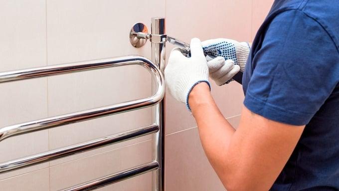 Rørleggeren kan si nei til å montere utstyr som han ikke kjenner eller anbefaler.