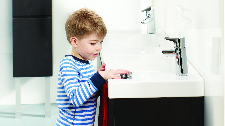 Valg av blandebatteri til vasken på badet handler om mer enn pris og utseende.