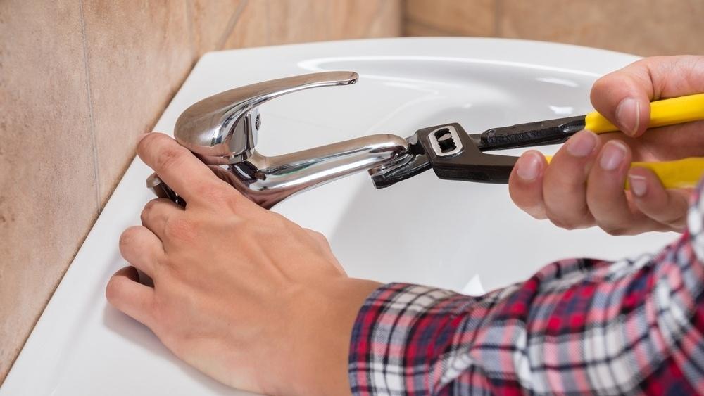 Tre gode grunner til å velge svart arbeid på badet